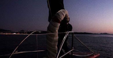 linterna frontal para navegar